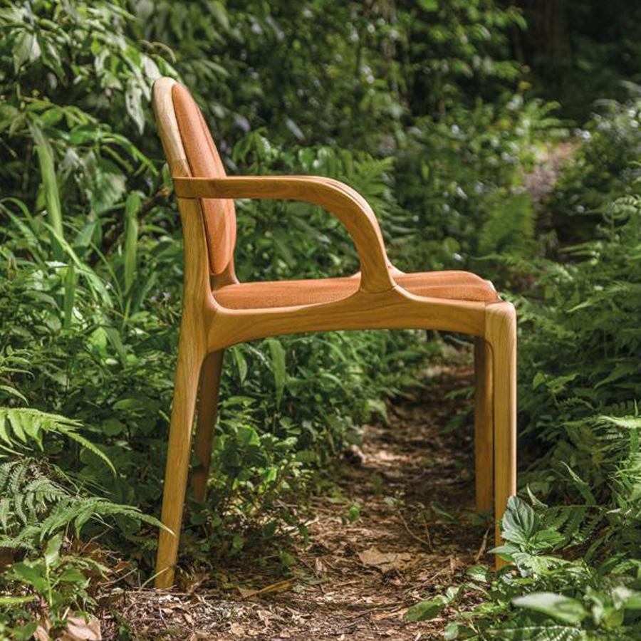 Cadeira Milà 01 com braço 900x900